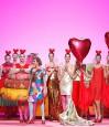 Cupcakes, donuts y macarons en el fiestón del Desfile Agatha Ruiz de la Prada Otoño Invierno 2017-2018 Madrid Fashion Week